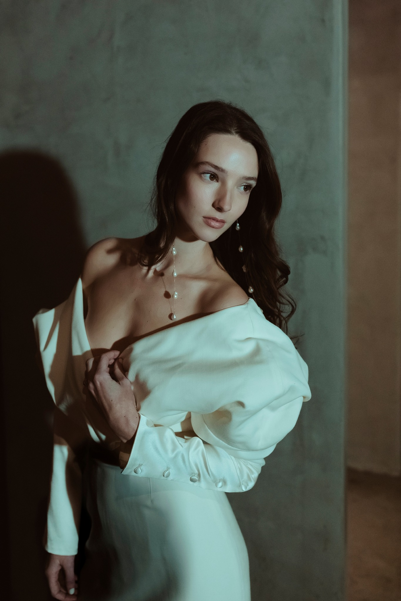 model wears Danielle Frankel wedding dress at editorial shoot with LOHO bride in Los Angeles by photographer Sarah Falugo